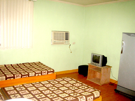 All rooms in Kalayaan Plaza Apartment are air-conditioned and complete with amenities.